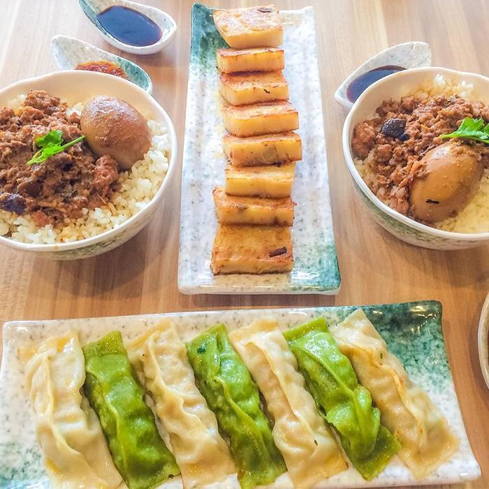 15 Best Hidden Restaurants In Banawe for Your Next Food Trip | Booky