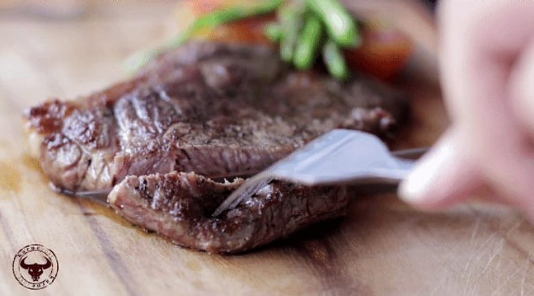 Steak from Karnevore
