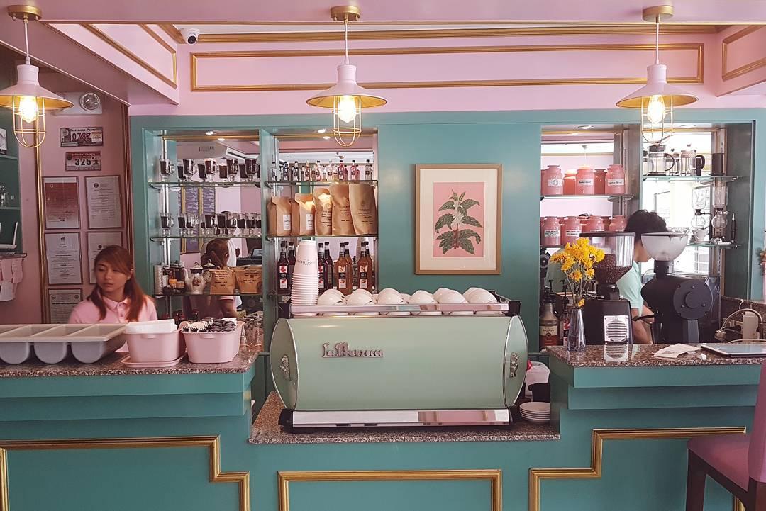Vintage Coffee Bar Design