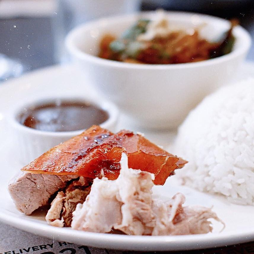 14 Sinful Spots to get the best Lechon in Metro Manila! | Booky