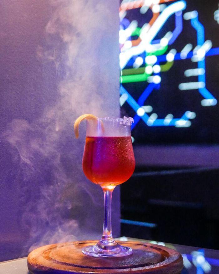 restaurants in makati, restaurants in poblacion, bars in makati, late night bars, alcoholic beverages, cocktails, cocktail recipes, best bars in poblacion, korean restaurant