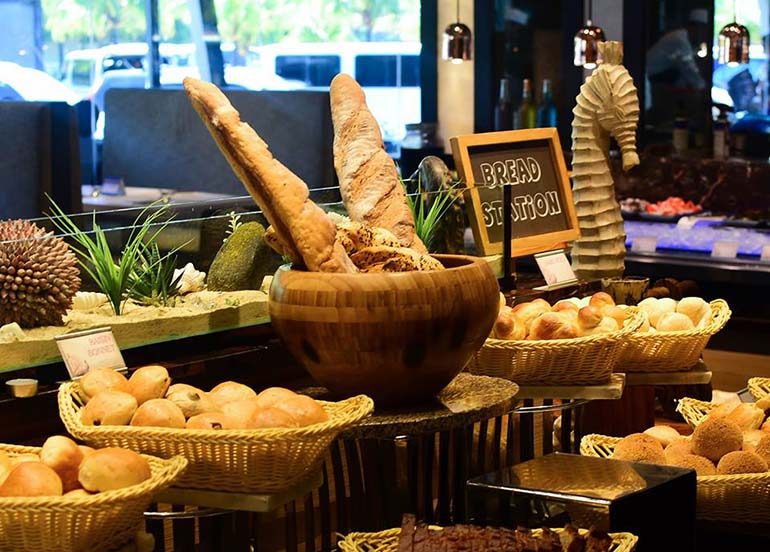 vikings-bread-station