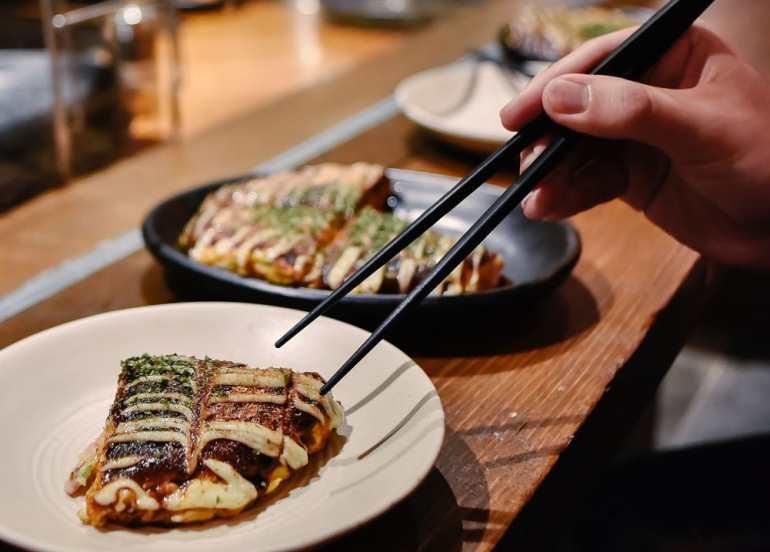 dohtonbori okonomiyaki