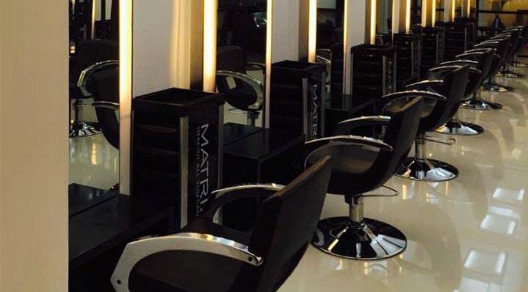 Dot-zero-hair-studio-chairs