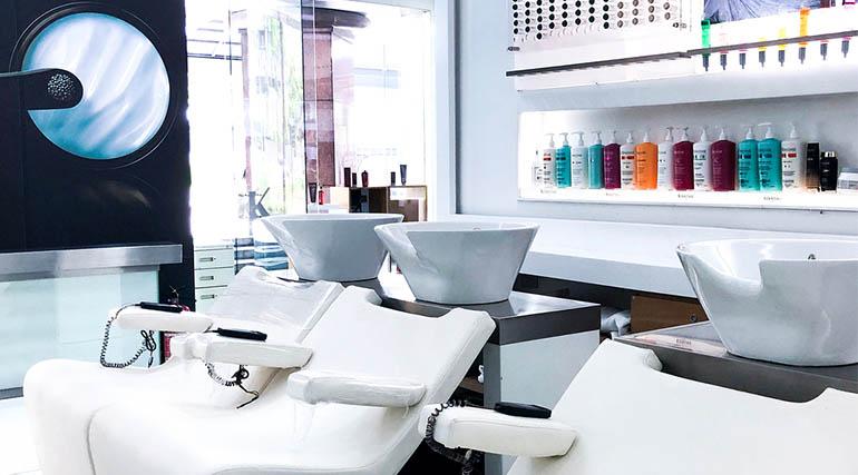 salon-esa-washing chairs