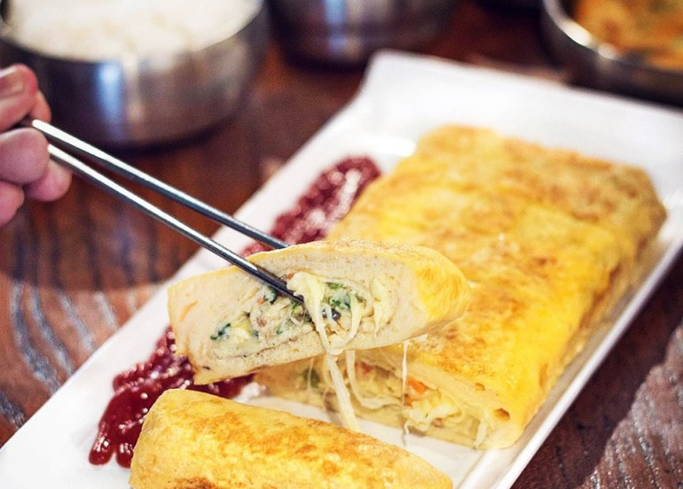 678 korean restaurant egg rolls