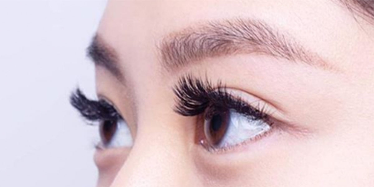 The Battle of the Brows: Waxing VS Threading