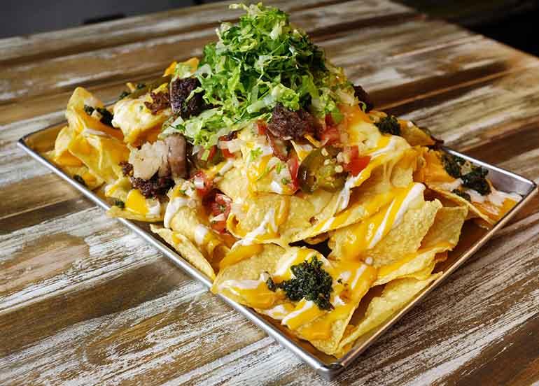 nacho el gigante from Tittos
