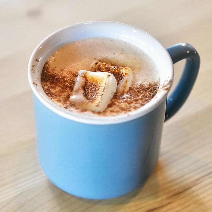 arc-and-vine-cafe-makati
