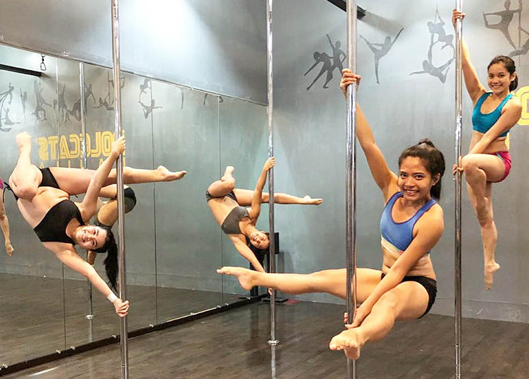 weightless-workouts-pole-dance-fitness