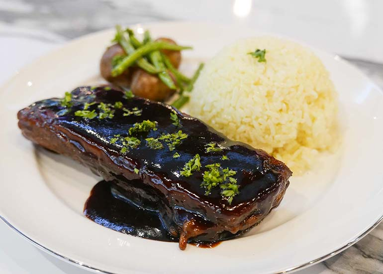 ribs-plate-with-rice