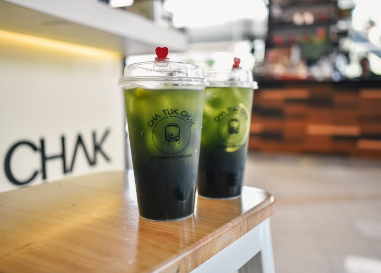 cha tuk chak metro manila milk tea thai emerald