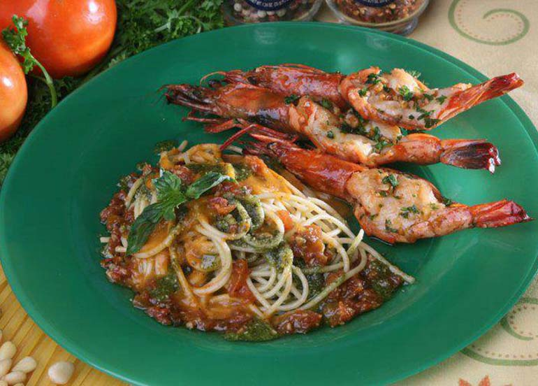 butterfly-prawns-with-pasta