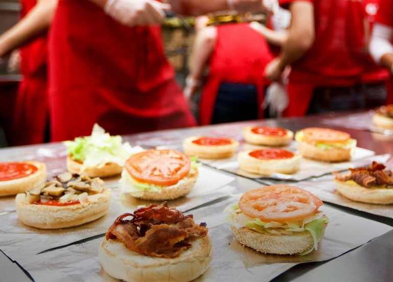 five guys, burger, burgers, international franchise