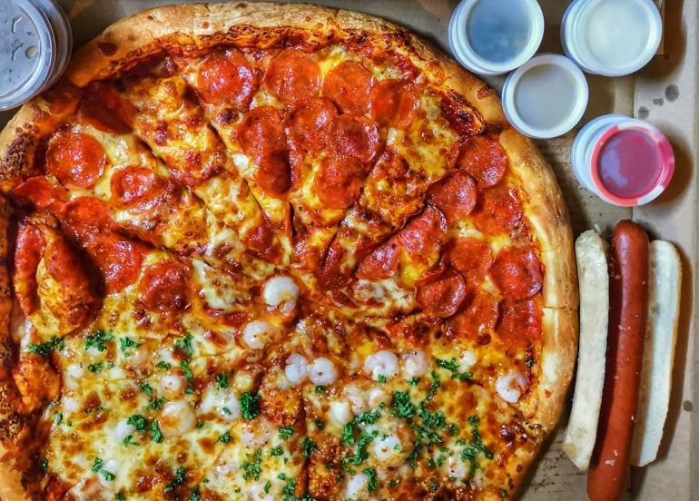 s&r, s&r pizza, stuffed crust pizza, cheese