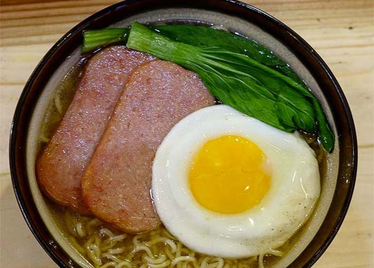 HK Spam and Egg Ramen Soup
