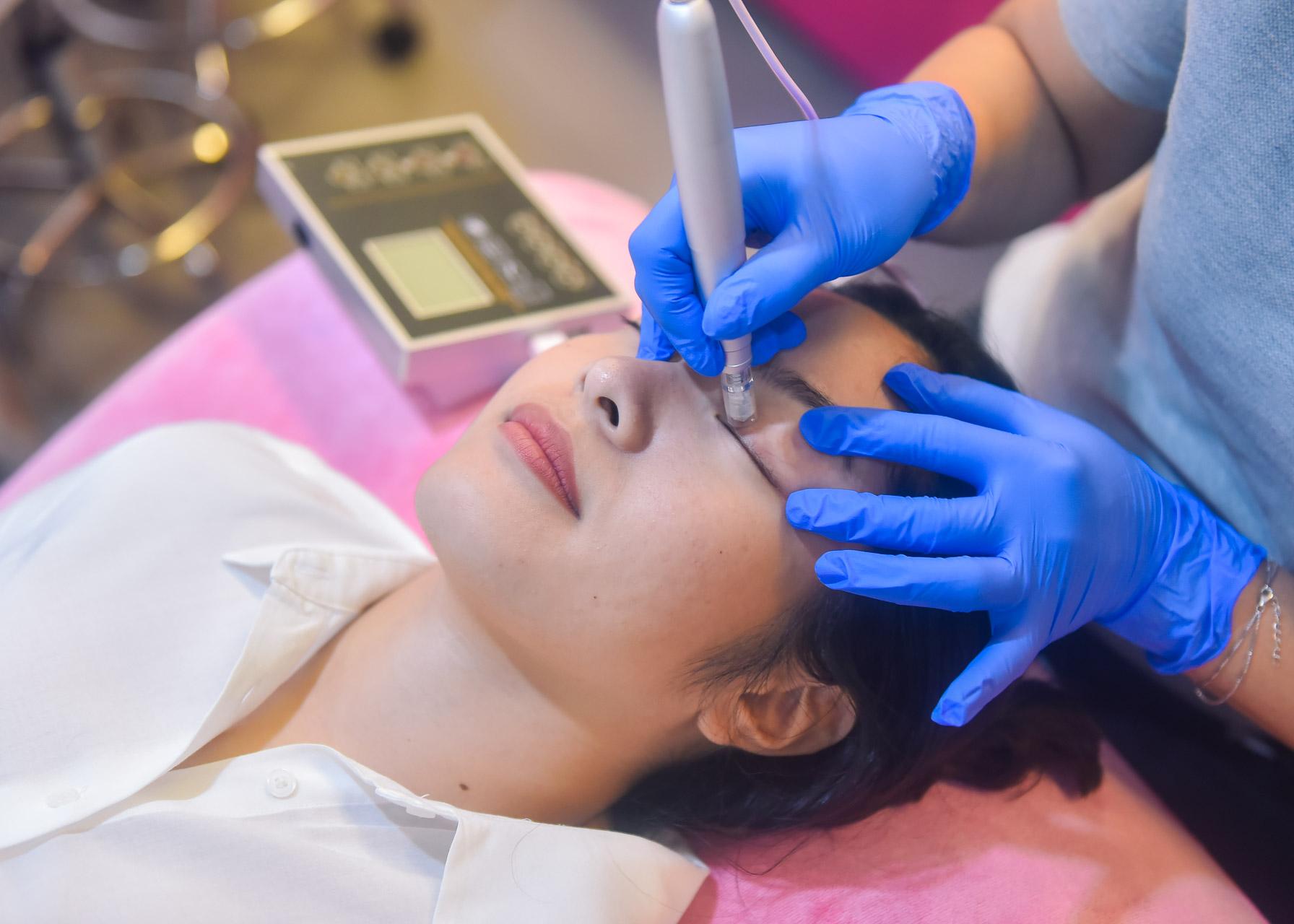 eyelash-treatment