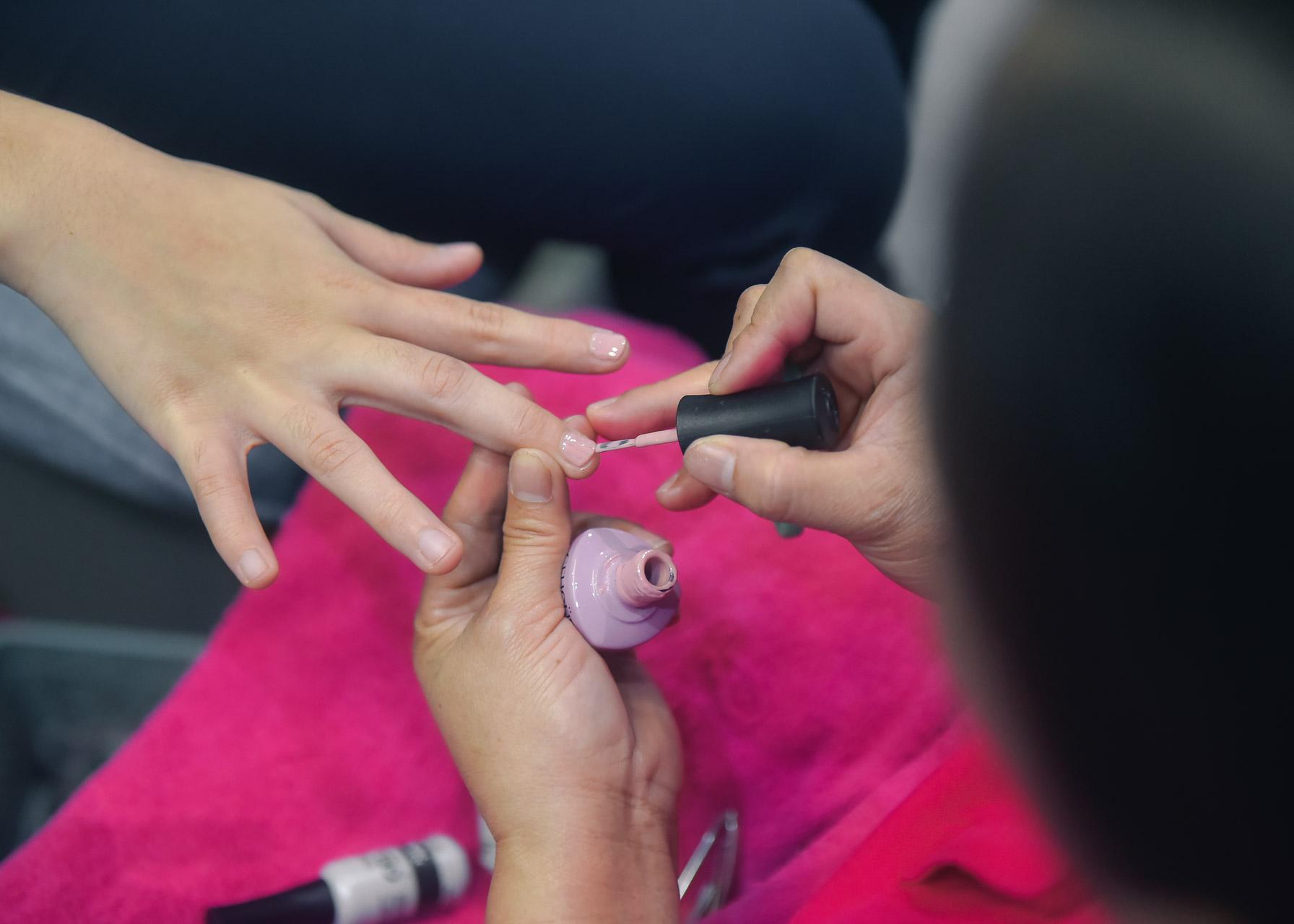 gel-manicure