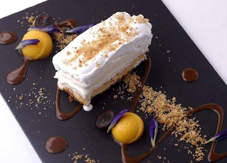 dessert-plating