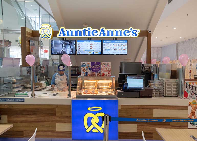 Auntie Anne's Facade Kiosk