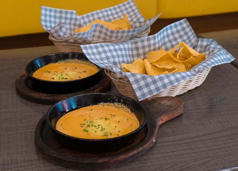 cheese dip with nachos