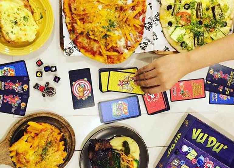 Games and Cards from Onboard Game + Gastro Pub