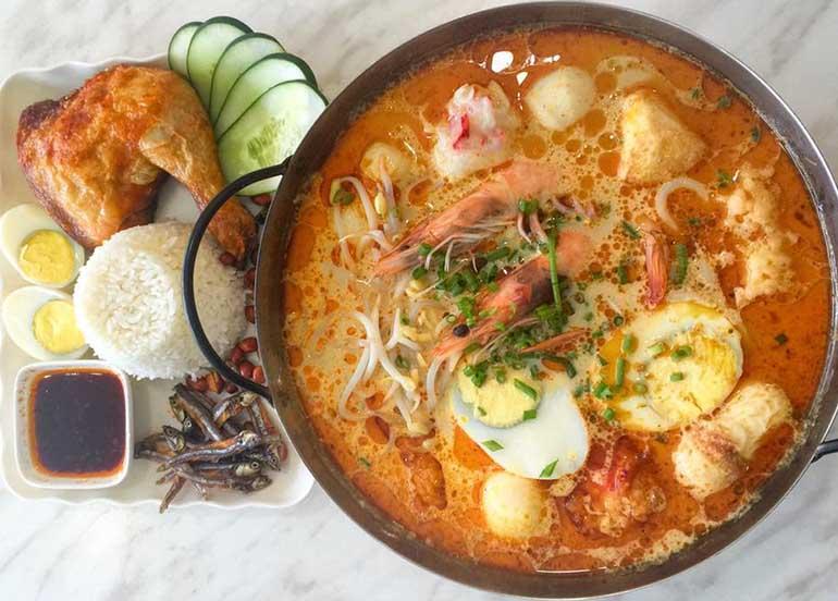 Laksa and Chicken from Bugis Singaporean Street Food