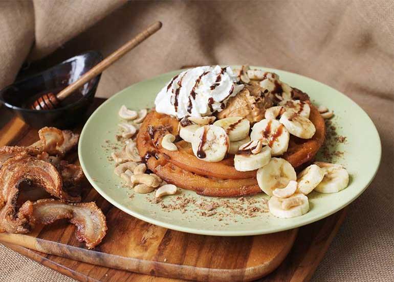 Pancakes from Tsokolateria