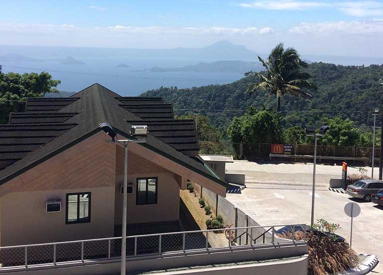 Mcdonald's McCafe Tagaytay Scenic View