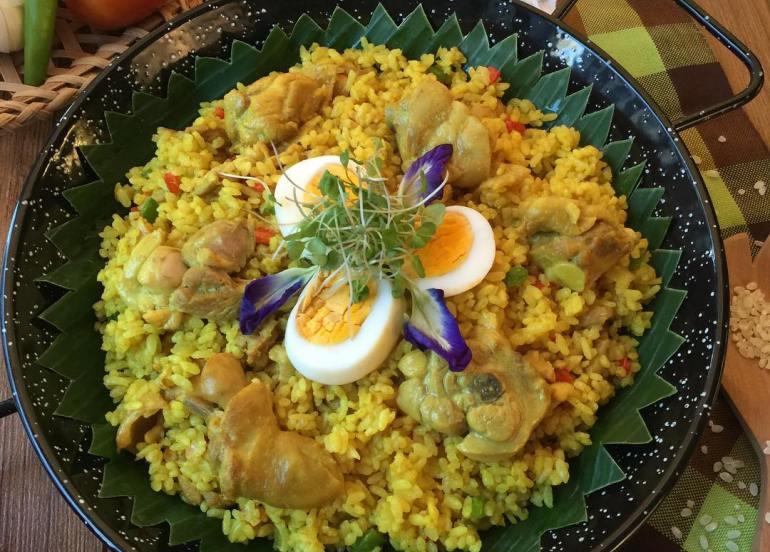 arroz ecija filipino restaurant flower dishes