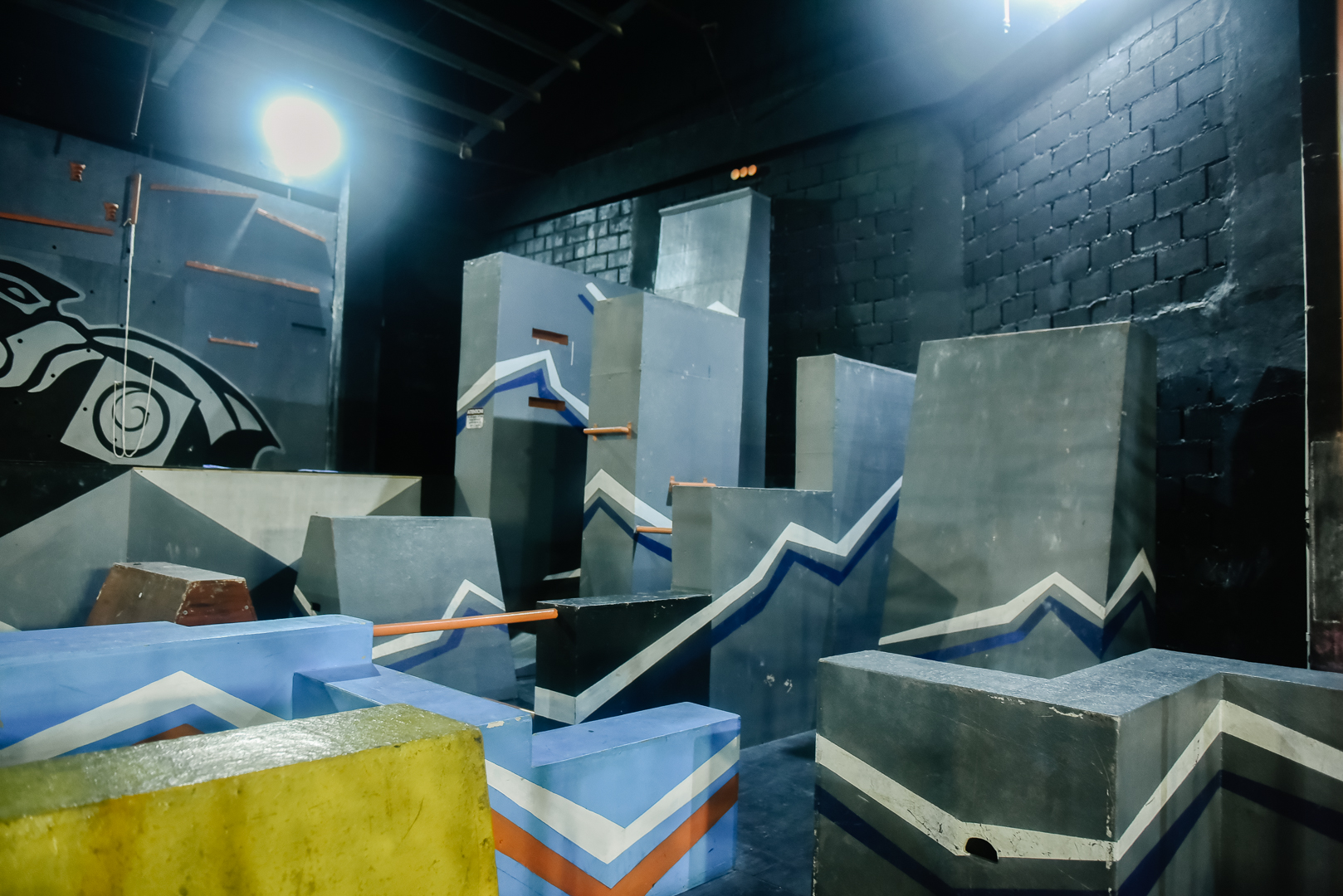 indoor-parkour-obstacle-course