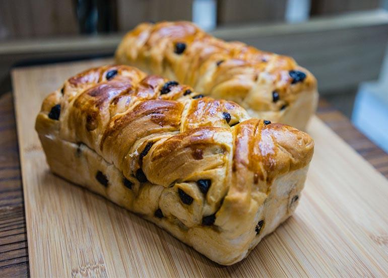 Baguio Raisin Bread from Balai Pandesal