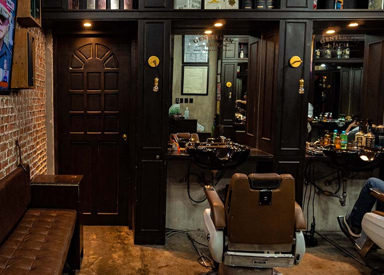 swanky-barber-chair