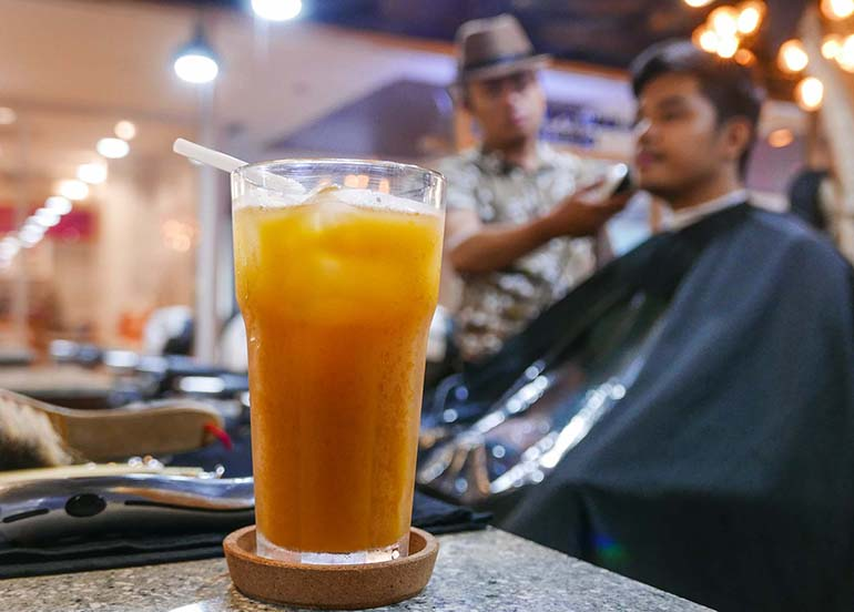 barbshop-cut-with-iced-tea