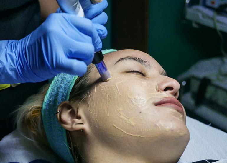 derma-facial