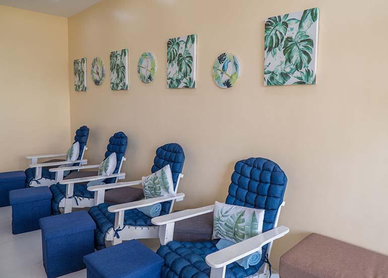 blue-nail-salon-chairs