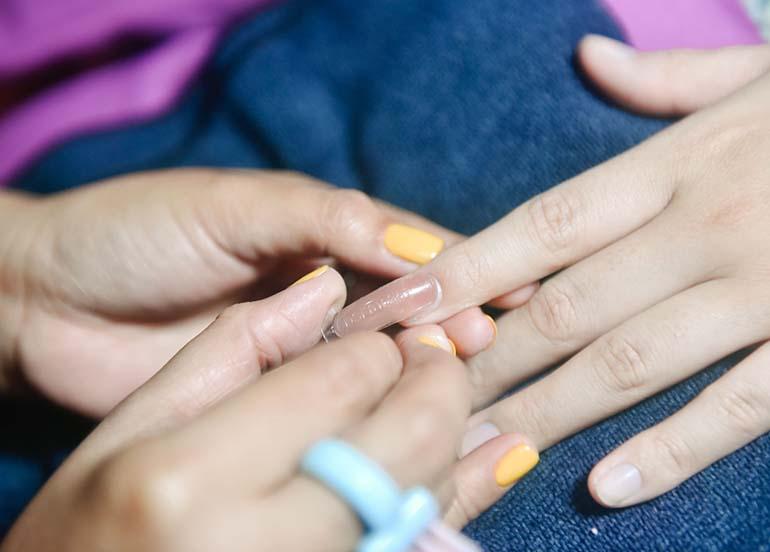 nail-extensions