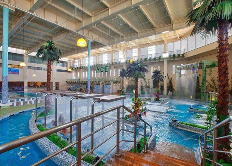 ace-water-spa-pool-showers-area