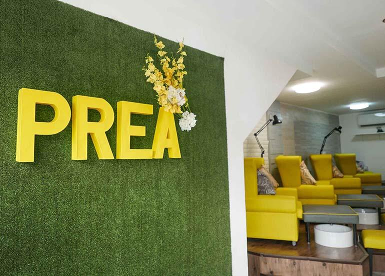 spa-nail-lounge-area