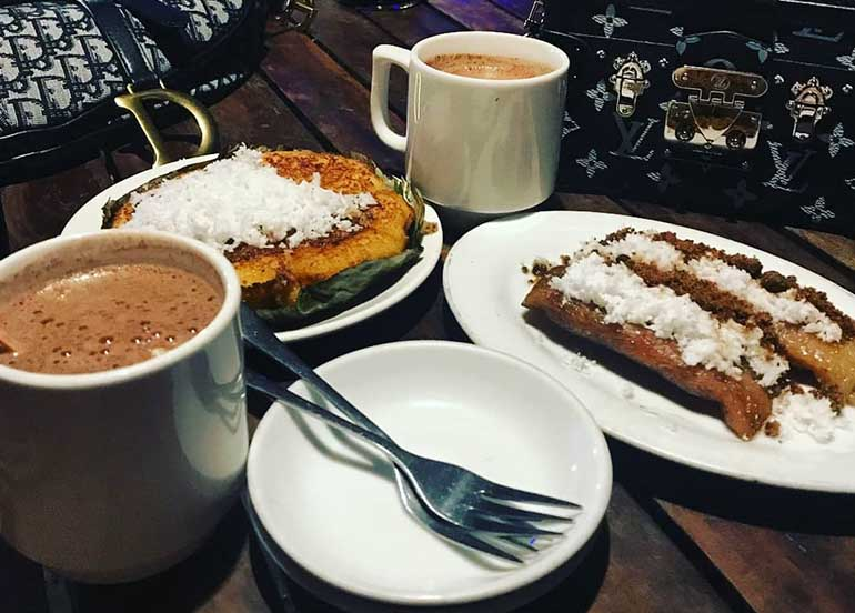Suman, Bibingka, and Hot Chocolate from Choco-Late de Batirol