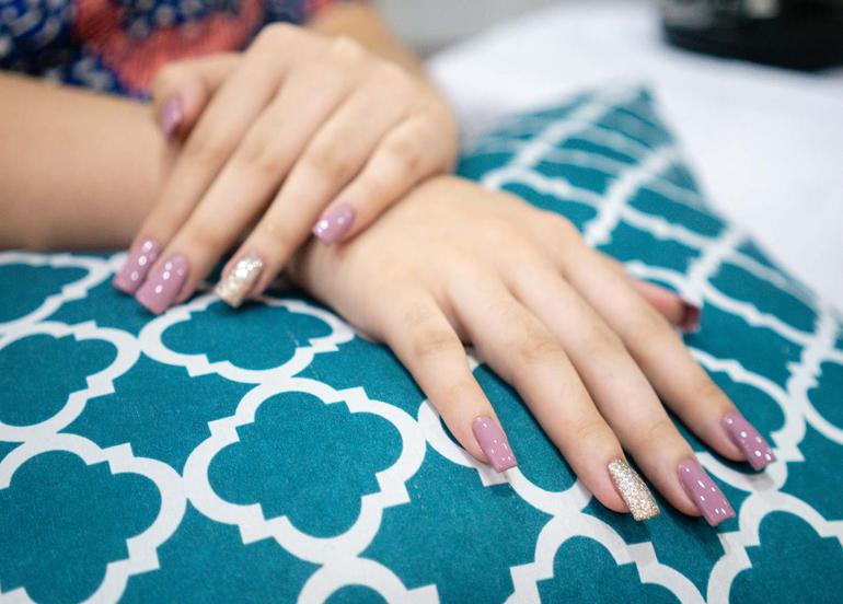 basic-nail-extensions