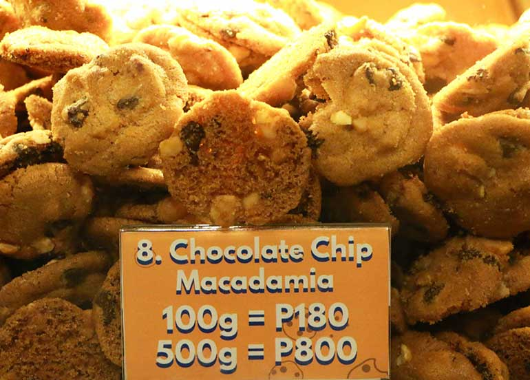 Chocolate Chip Macadamia from Famous Amos