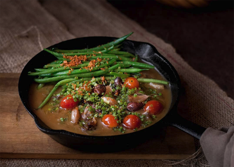 locavore, sizzling sinigang