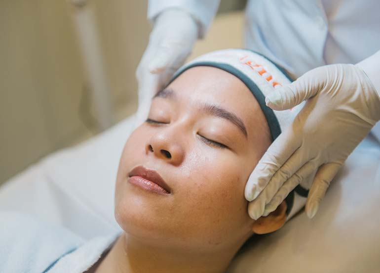 acne-pore-laser