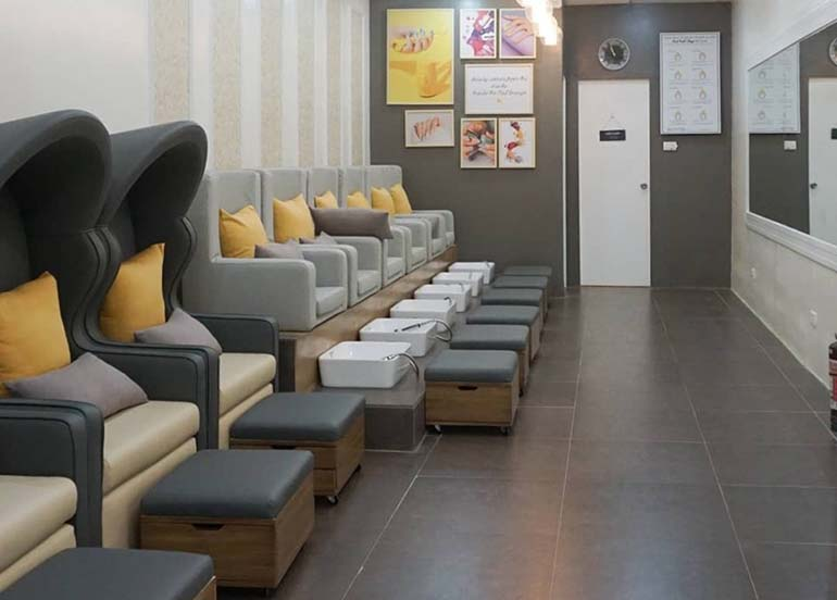 beauty-and-butter-nail-lounge