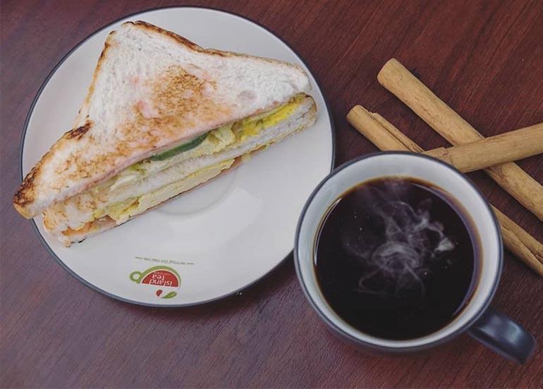 Rejuvenating Tea and Sandwich from Island Tea Co.
