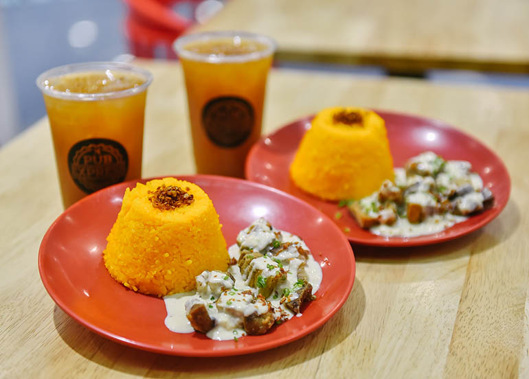Creamy Kawali with House Blend Iced Tea from Pub Express
