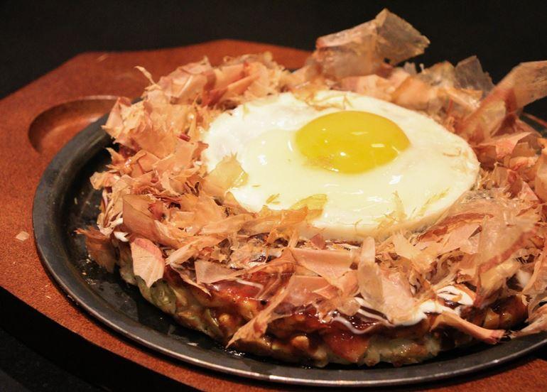 egg-okonomiyaki
