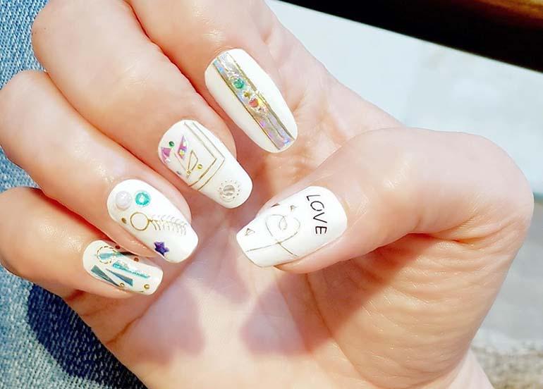 decal-nail-art