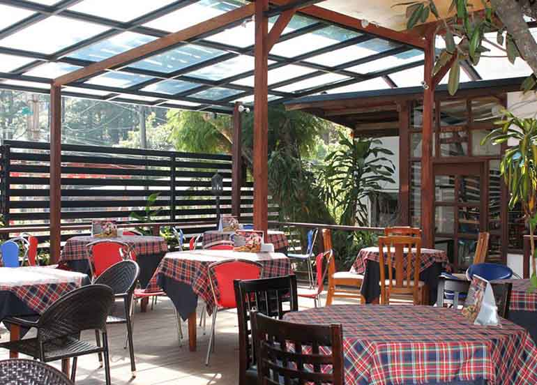 Cafe Will Al Fresco Dining Area